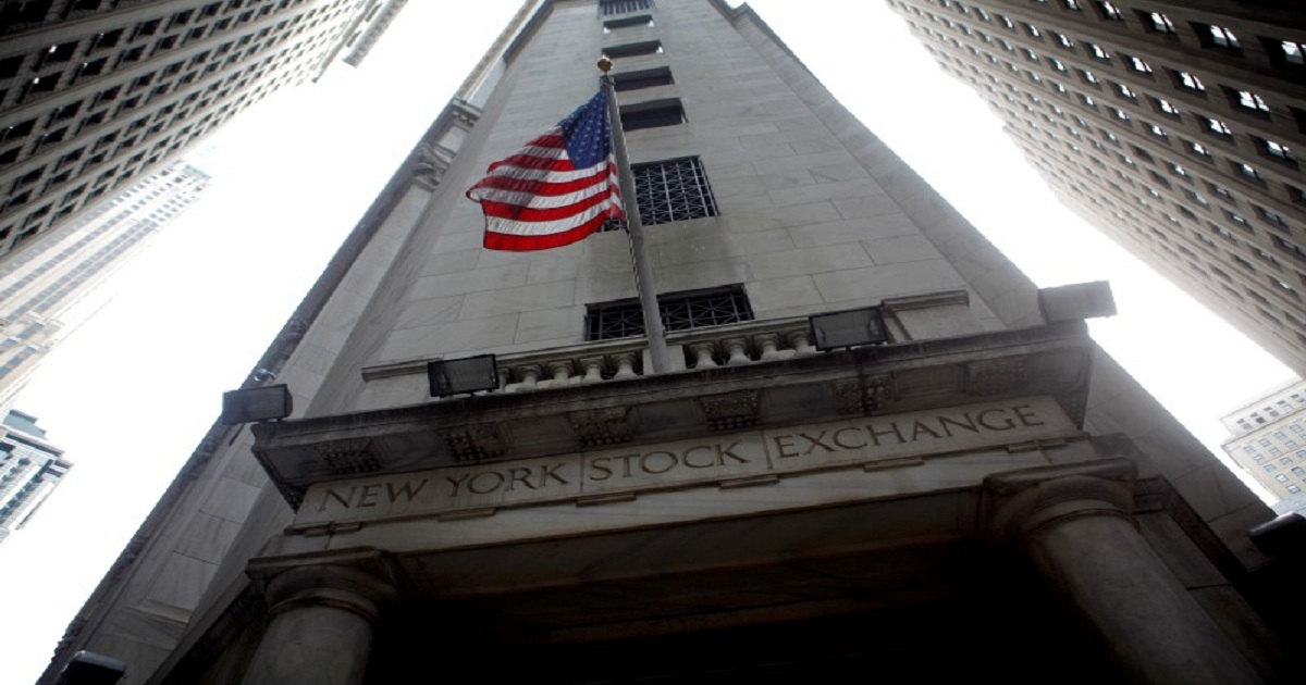 Stocks- U.S. Futures Point to Lower Open