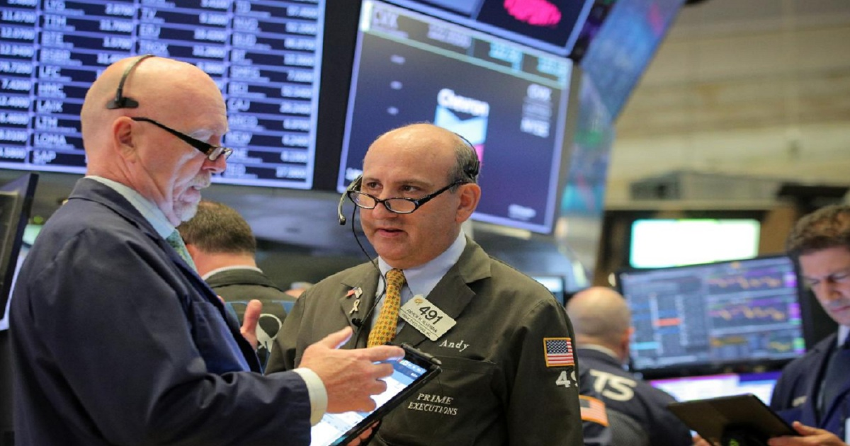 Fund investors retreat from U.S. stocks as S&P 500 hits records