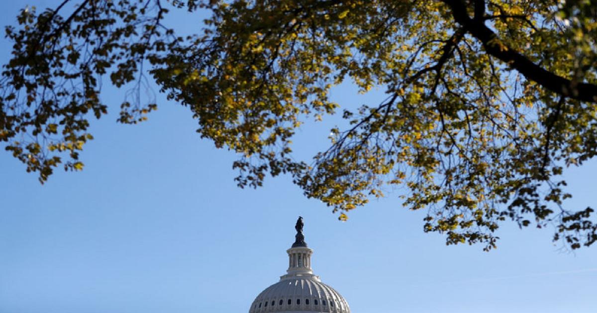 U.S. Senate passes funding bill to avert government shutdown this week